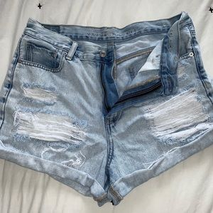 American Eagle Jean Mom Shorts